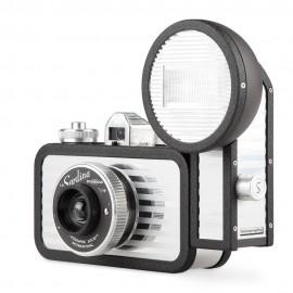 Fuji Instax 300 Wide + 20 foto l'alternativa a polaroid da Fujifilm