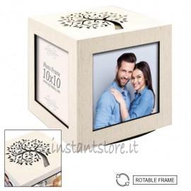 Cubo girevole portafoto in legno 10x10 con intaglio albero della vita