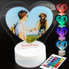 Lampada led personalizzata con foto e incisione cuore San Valentino