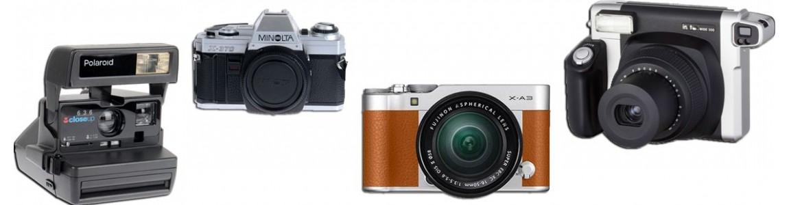 Fotocamere istantanee tradizionali a pellicole e digitali